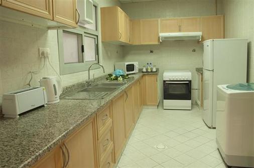 鬱金香公寓酒店 - 杜拜 - 杜拜 - 廚房