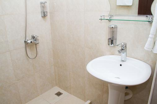 Comfort House Hotel - Yerevan - Bathroom