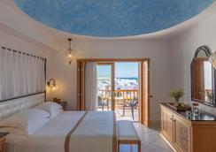 Mitsis Blue Domes Resort & Spa - Kardamena - Bedroom