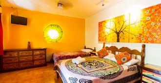 Buddha House Boutique Hostel - Jacó - Schlafzimmer