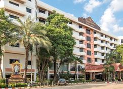 Karin Hotel - Udon Thani - Building