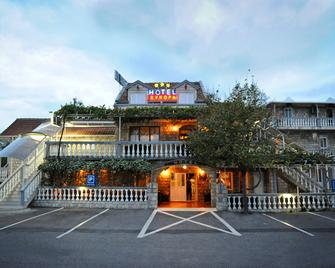 Hotel Evropa - Podgorica - Gebouw