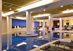 佩斯塔納卡西諾公園酒店 & 賭場 - 芳夏爾 - 豐沙爾 - 游泳池