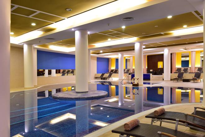 Pestana Casino Park - Funchal - Pool