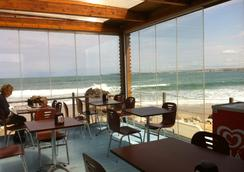 Peniche Surf Lodge - Peniche - Beach