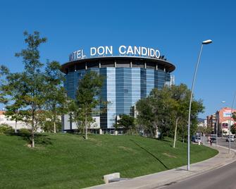 Hotel Don Candido 4Superior - Terrassa - Gebouw