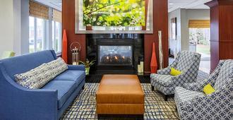 Hilton Garden Inn Louisville/Northeast - Louisville - Sala de estar