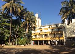 Hotel Royale Heritage - Nasik - Building