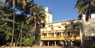 Hotel Royale Heritage - Nasik