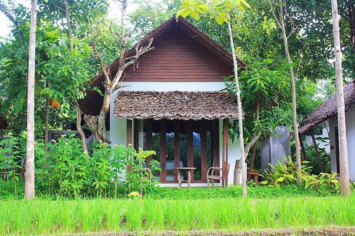 Huen Muang Pai Resort - Pai - Phòng ngủ