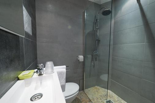 Hotel Oxford - Cannes - Bathroom