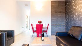 Lukas Apartments - Budva - Sala de estar