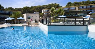 Aparthotel Comtat Sant Jordi - פלאטחה ד'ארו - בריכה