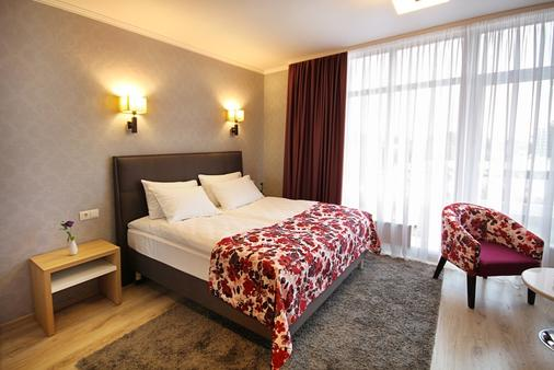 City Park Hotel - Chisinau - Bedroom