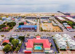 Dunes Inn & Suites - Tybee Island - Vista del exterior