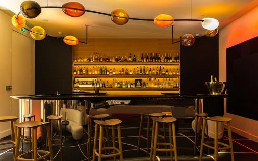 馬里尼昂香榭麗舍大道酒店 - 巴黎 - 巴黎 - 酒吧