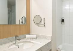 Best Western Hôtel Innes By Happyculture - Toulouse - Bathroom