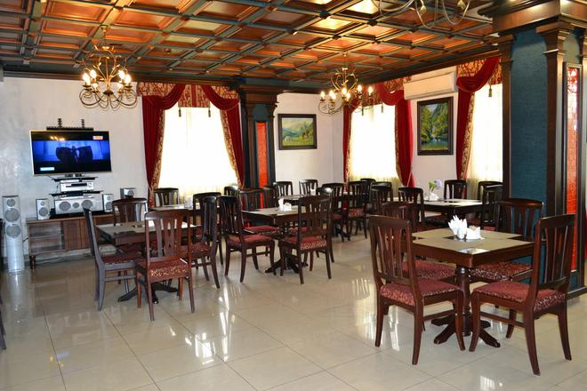 Utomlyonnye Solntsem - Krasnaya Polyana - Restaurant