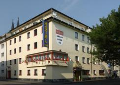 Hotel Ludwig Superior - Colonia - Edificio