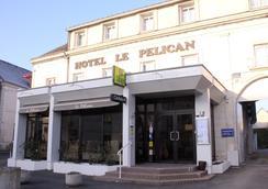 Hôtel Le Pelican - Vernantes - Building