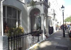 The Continental Hotel - London - Outdoors view