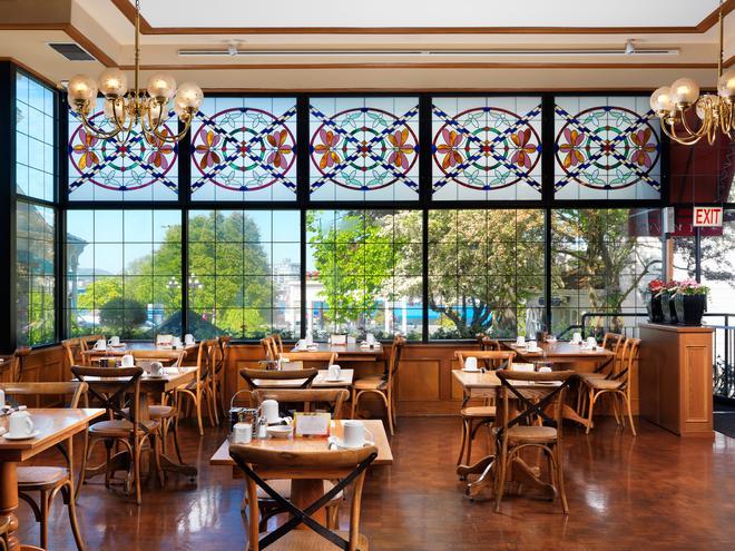 Huntingdon Manor Hotel - Victoria - Restaurant