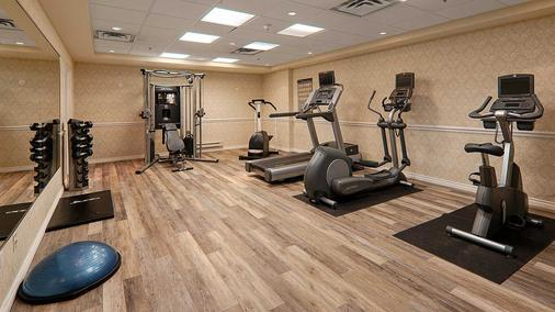 Hotel Mtl Express - Montreal Airport - Dorval - Gym