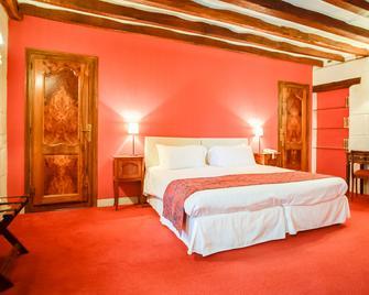 Hôtel Grand Monarque - Azay-le-Rideau - Bedroom