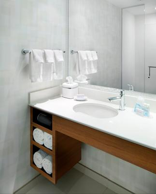 SpringHill Suites by Marriott Pittsburgh Bakery Square - Pittsburgh - Baño