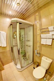 Nevskiy bereg 93 - Saint-Pétersbourg - Salle de bain