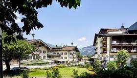 Hotel Neue Post - Mayrhofen - Toà nhà