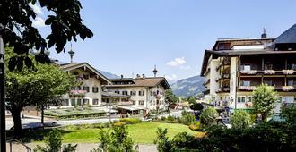 Hotel Neue Post - Mayrhofen - Building