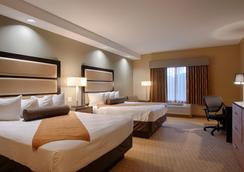 Best Western Plus College Park Hotel - College Park - Bedroom