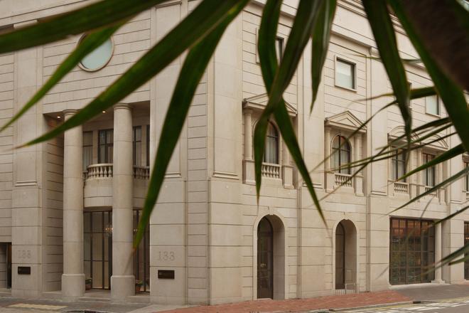 Lanson Place Hotel - Hong Kong - Toà nhà