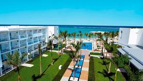 Riu Palace Jamaica Adults Only - Vịnh Montego - Toà nhà