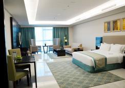 Ramada Hotel & Suites by Wyndham Amwaj Islands Manama - Muharraq - Bedroom