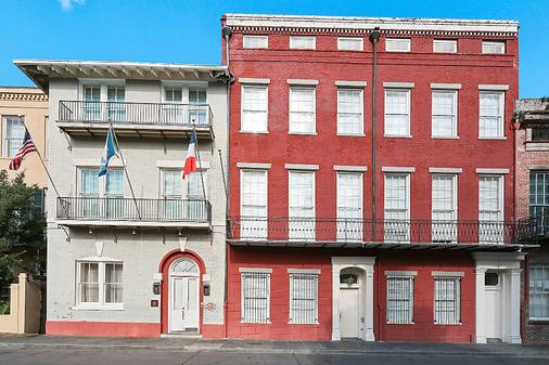 Grenoble House - New Orleans - Building