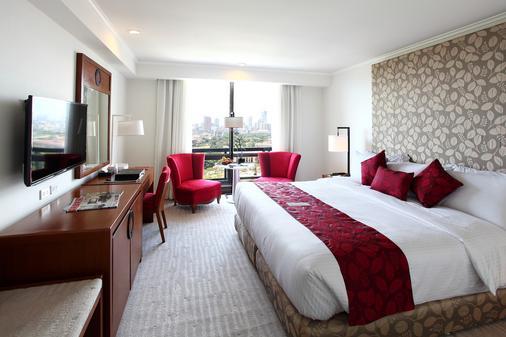 Manila Pavilion Hotel & Casino - Manila - Bedroom