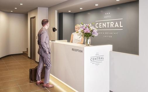 Hotel Central Luzern - Lucerne - Lễ tân