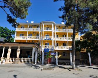 Guest House Afina - Divnomorskoye - Gebouw