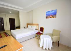 Dimet Park Hotel - Van - Bedroom
