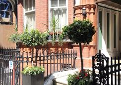 Kensingtoncourt Aparthotel - London - Hotel entrance