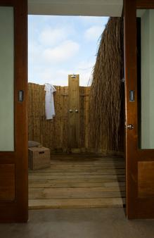 Dugong Beach Lodge - Vilanculos - Bathroom