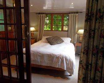 Critchley Hackle Lodge - Dullstroom - Schlafzimmer