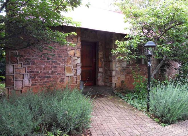 Critchley Hackle Lodge - Dullstroom - Hotel Entrance