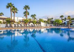 太陽花園酒店 - 雅伊薩 - 普拉亞布蘭卡 - 游泳池