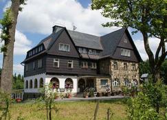 Landhotel Wettin - Hermsdorf (Sachsen) - Gebäude