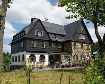 Landhotel Wettin - Hermsdorf (Sachsen) - Edificio