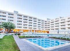 Santa Eulalia Hotel & Spa - อัลบูเฟย์รา - สระว่ายน้ำ