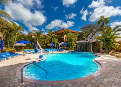 Coconut Cove All-Suite Hotel - Clearwater Beach - Piscina
